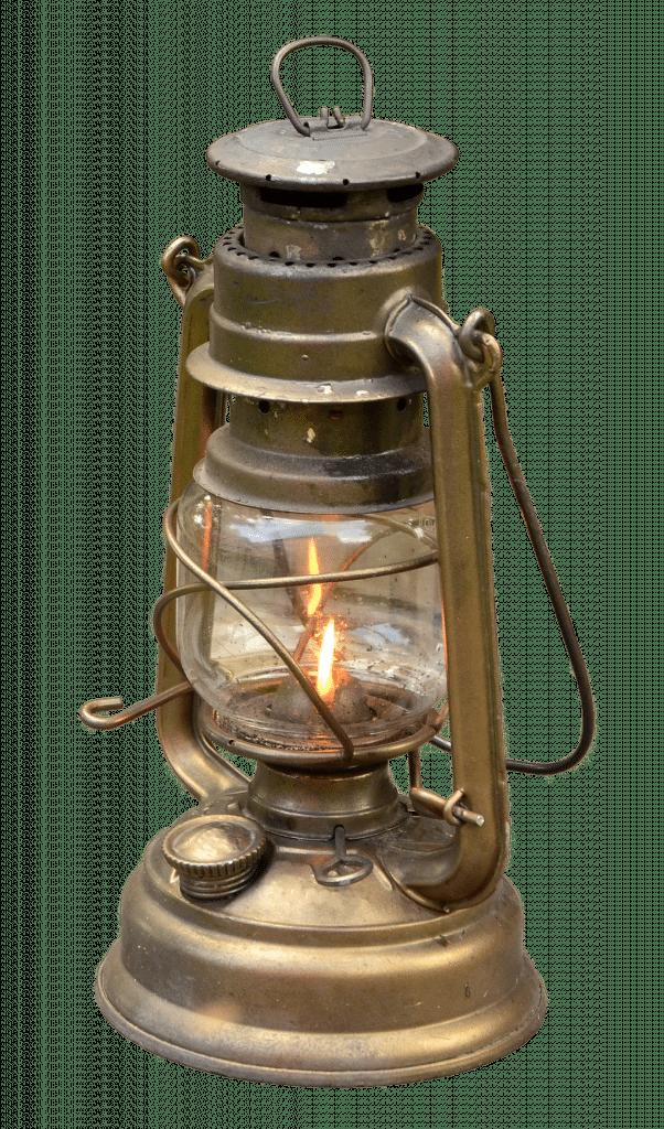 Lanterne éclairage d'un jardin